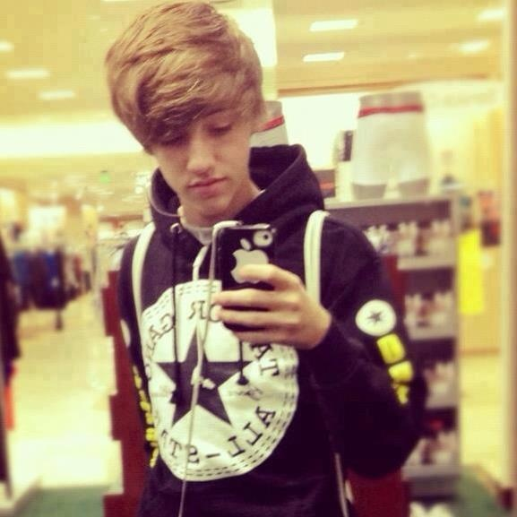 I think this is the best picture of him(:  uhhhhy Austin Gray ;*