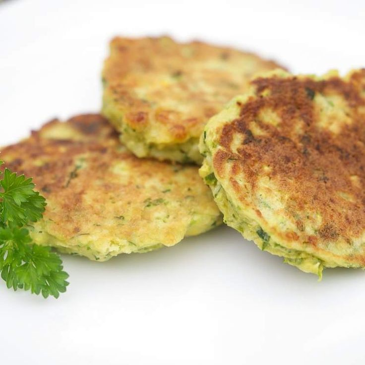 Zucchini and Halloumi Fritters by MellyT on www.recipecommunity.com.au