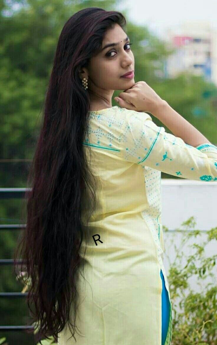 Pin By Ssss Ssss On Poised In 2020 Long Indian Hair Beautiful Long Hair Long Hair Styles