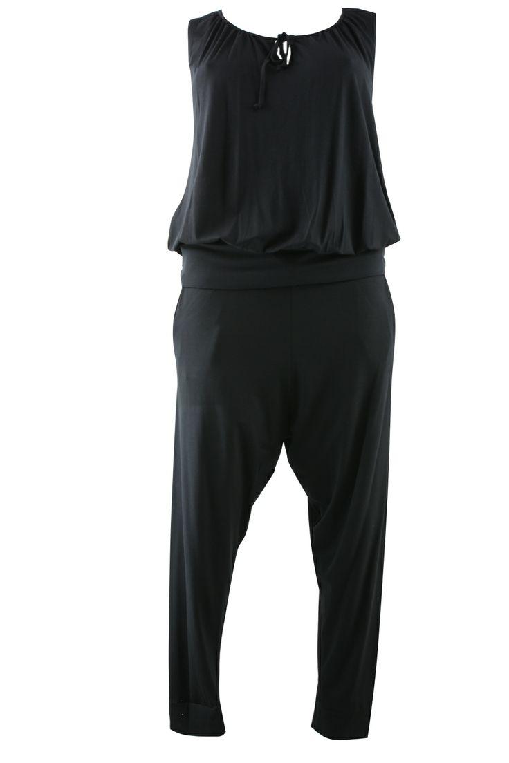 Set Ophilia singlet en broek. Bij elkaar nét een jumpsuit | Bagoes Plus Size Fashion | webshop: www.bagoes.nl