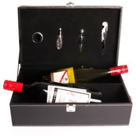 Running out of ideas on what to get for your dad this Father's Day? Why not get him this Perfect Wine Double Gift Set!