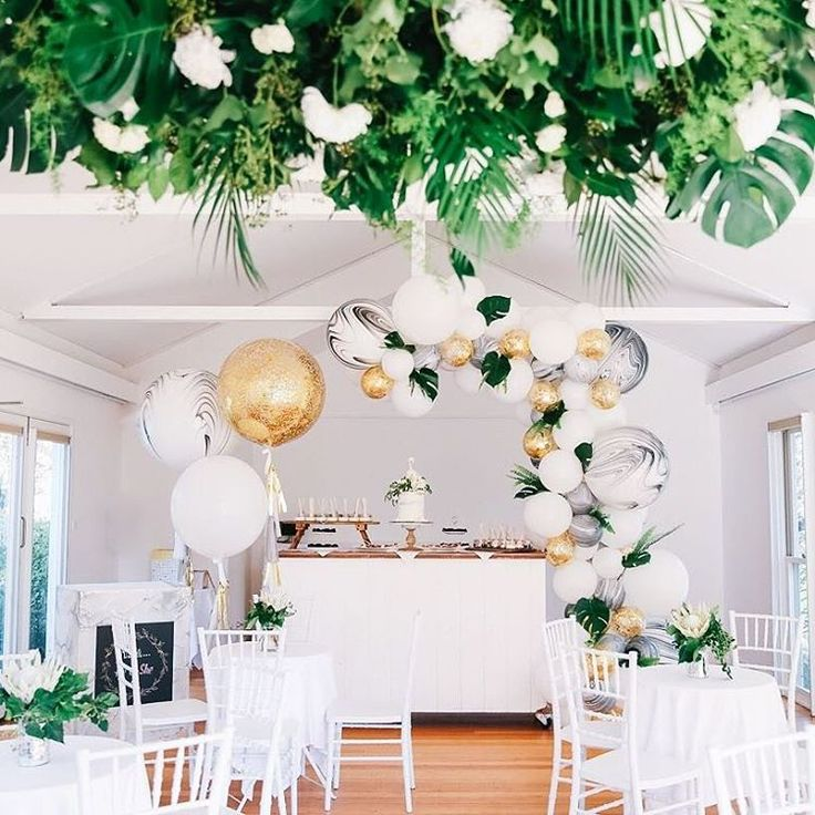 venue @thestablesofcomo . @zbyzahrah for photography. hanging greenery by @fleuration cake by @onebyonecakes