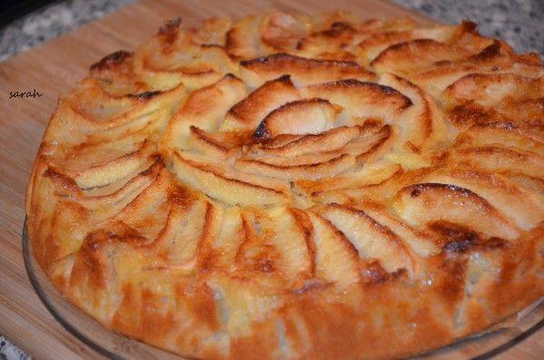 Voici mon gateau aux pommes préféré,moelleux et fondant à souhait,celui que je fais depuis des années et qui a toujours un succès fou...le meilleur des gateaux aux pommes gateau normand