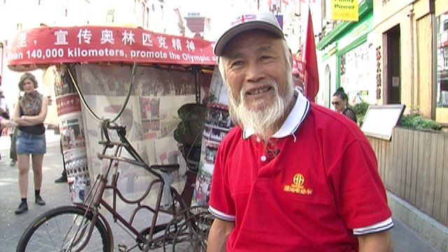 Farmer makes his way by rickshaw from China to London for 2012 Olympics