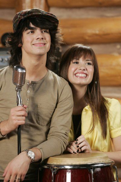 Still of Demi Lovato and Joe Jonas in Camp Rock (2008)