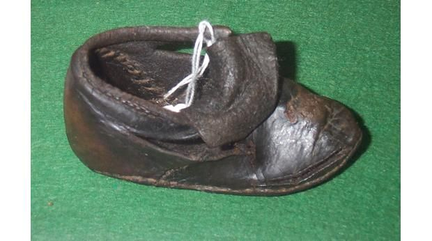 BBC - A History of the World - Object : A Tudor Child's Shoe
