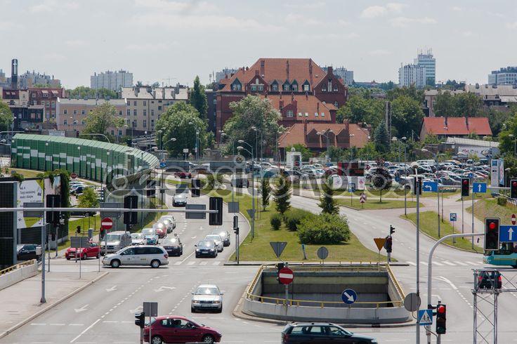 Aleja Rozdzienskiego skrzyżowanie z ulicą Jerzy Duda - Gracza w Katowicach — Obraz stockowy #118971714