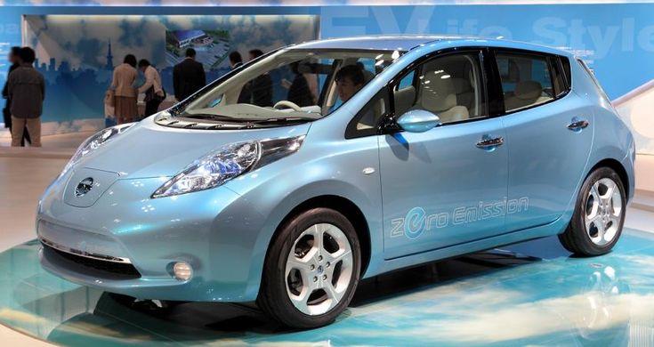 Электрокар Nissan Leaf начали собирать на заводах Европы http://oane.ws/2017/12/20/elektrokar-nissan-leaf-nachali-sobirat-na-zavodah-evropy.html  Современный электрокар Nissan Leaf 2017 года выпуска начали собирать на фирменных заводах Европы. Первые модели поступят покупателям, оформившим предварительный заказ, уже в 2018 году.