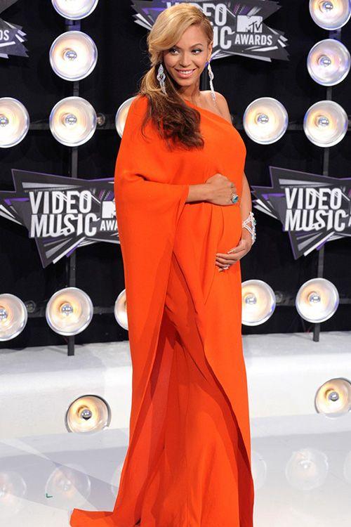 http://parananoivas.com.br/vestidos-de-festa-para-gravidas.html