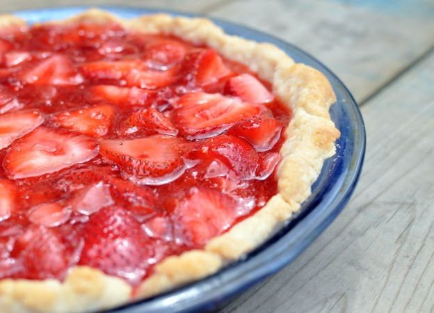 Fresh Strawberry Pie with no jello! This turned out great. I used coconut sugar so it was a bit darker than I would've liked. Also used 1 quart if frozen berries for sauce, just thawed and drained really well. -sb