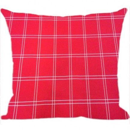 Confira agora na Luisa Decor a Almofada Xadrez Vermelha produzida com tecido em Algodão e enchimento antialérgico. É linda e confortável, ela é usada principalmente para decorar o sofá ou até mesmo seu quarto.Confira!