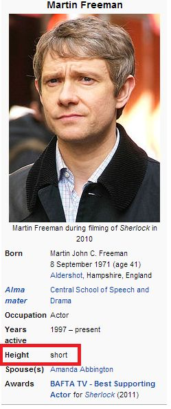 "Aww! He's fun size!! Martin Freeman --- {I find it mean and yet really funny that nobody bothered to put 5'6"" for his height.} --- Awww. POCKET MARTIN! ♥"