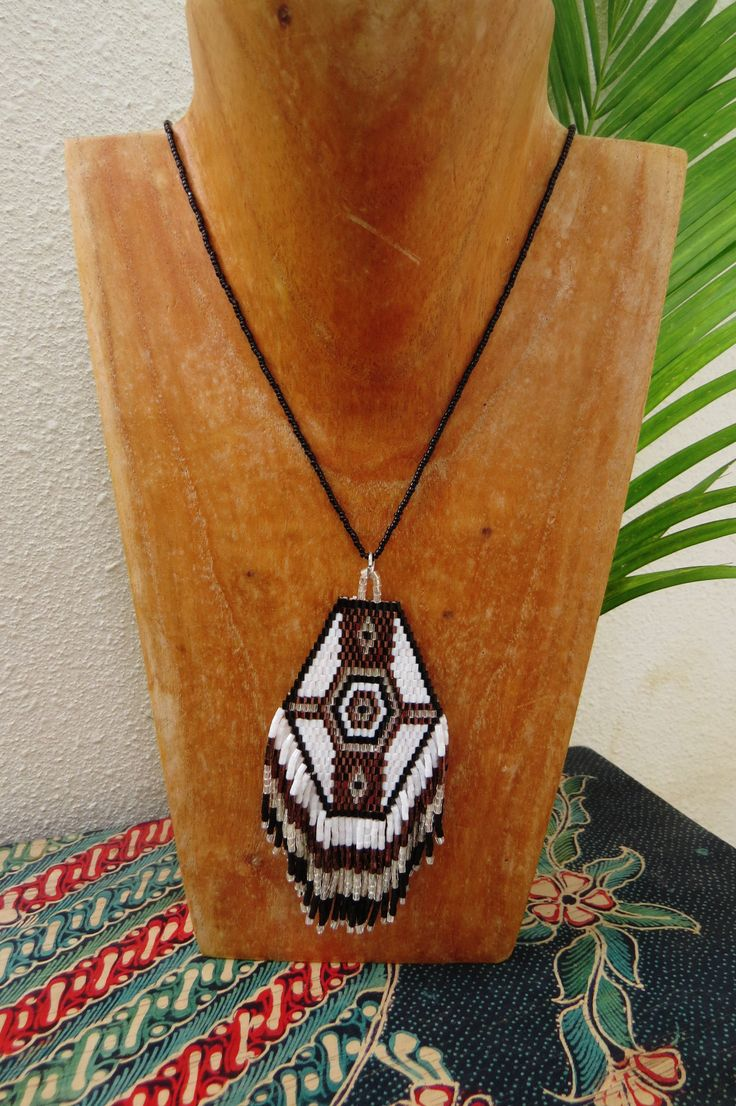 Tribal Necklaces - Kalolo www.kalolobeach.com  to order in wholesale, contact us : kalolobeach@gmail.com  See more on our facebook page :  https://www.facebook.com/kalolobeach