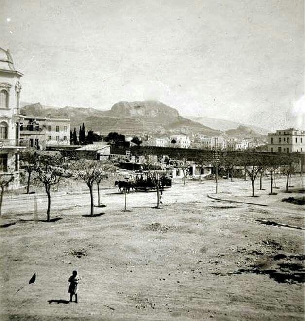 Πατησιων, 1900 !