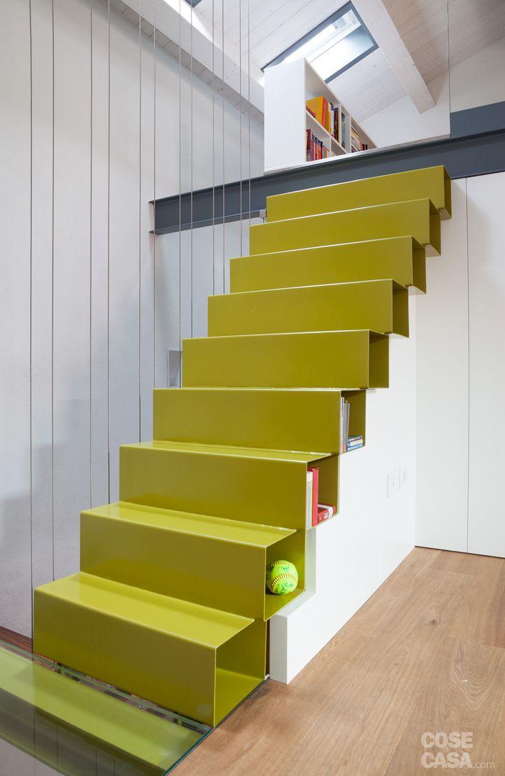 Su tre livelli, la casa d'epoca è stata ripensata in chiave moderna con…