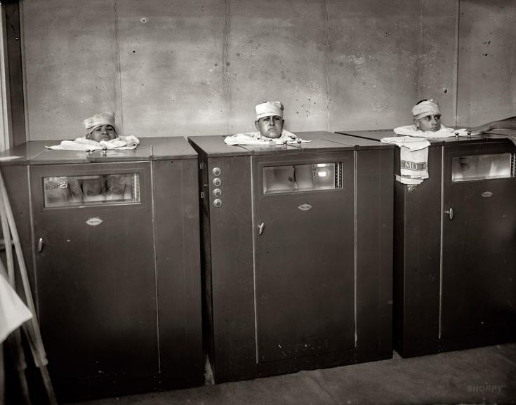 """Circa 1920. """"Walter Reed physiotherapy."""" Burdick Cabinet """"Radio-Vitant ray"""" therapy."""