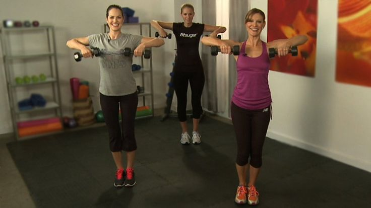 Get Sexy Shoulders and Toned Triceps  With Our Tank-Top Workout: Tank top season is on its way!