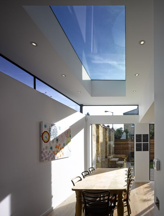 "LIke this ""floating Cieling"" effect a lot with wap around hogh window. Similar to my lay out with entrance and window to courtyard:"
