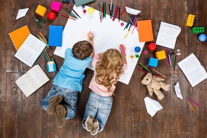 Een opgeruimd huis; 10 tips om orde in de chaos te scheppen. Ben jij van het praktische en gestructureerde of is het bij jou in huis een rommelige boel? http://www.mamsatwork.nl/een-opgeruimd-huis-10-tips/
