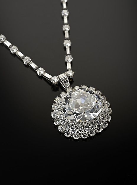 1381 best images about jewelry harry winston on for Harry winston jewelry pinterest