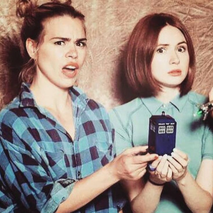 Billie Piper & Karen Gillan YASS the two best companions together at last..