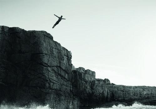 Le plongeur professionnel Hugo Parisi, pour la campagne Chanel Allure Homme Sport Cologne