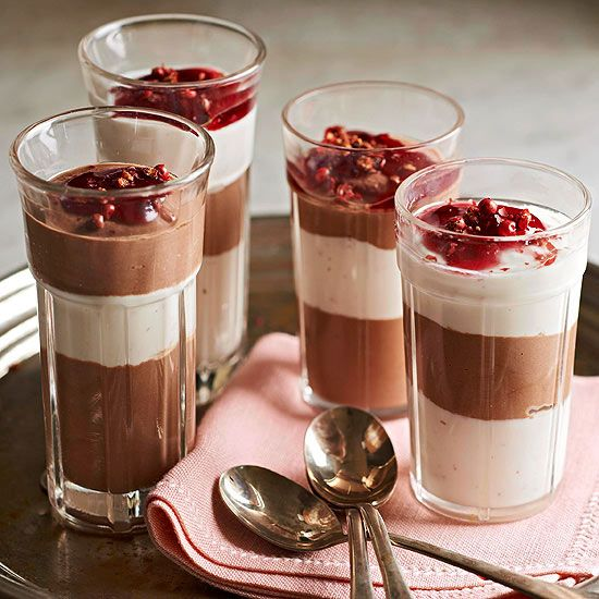 Mini Chocolate and Yogurt Parfaits #delicious