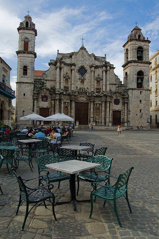 023-DSC_2820-+Catedral+de+la+Habana.jpg 532×800 pixels