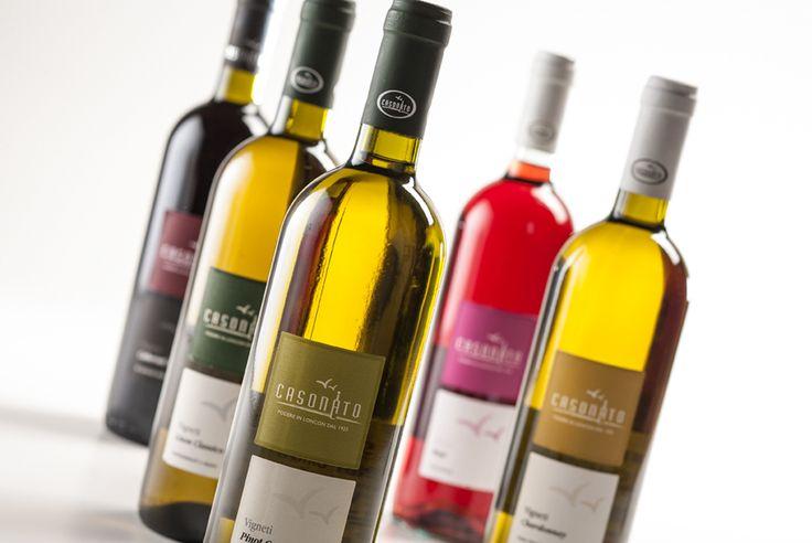 Progettazione etichette vinicole.
