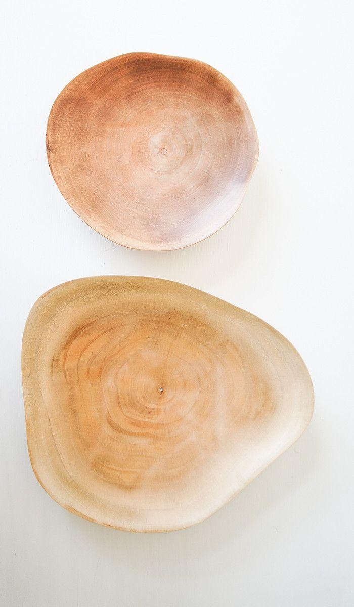 Mango Wood Plates  Leuchtend Grau - Interiorblog celebrating soft #minimalism (www.leuchtend-grau.de)