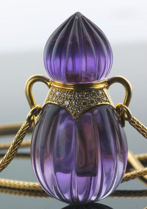 Wempe-Laudier Parfum-Flakon aus echtem geschliffenem Amethyst mit 0,50 ct. Diamanten