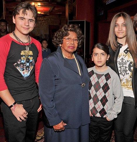 Katherine Jackson and her grandchildren Prince, Blanket and Paris   Katherine Jackson Loses Legal Guardianship Over Her Grandchildren Prince, Blanket and Paris Jackson   RabbitsVox.com