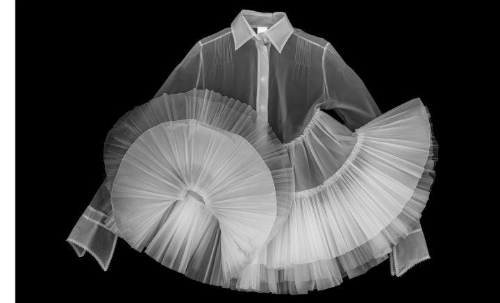 Foto simulazione X-ray camicia MILONGA, autunno/inverno (F/W) 2005 ferre