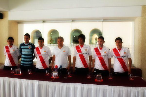 Con mucha ganas de aportar su calidad, llegaron los nuevos jugadores Monarcas.