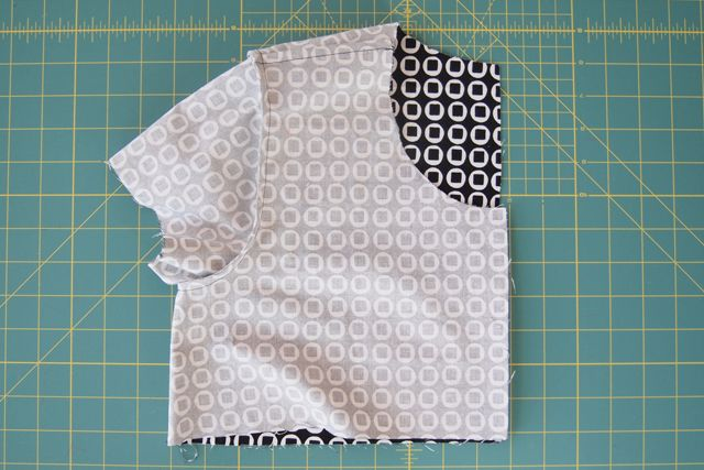 Love this. French seam tutorial for straight and curved seams from Grainline.