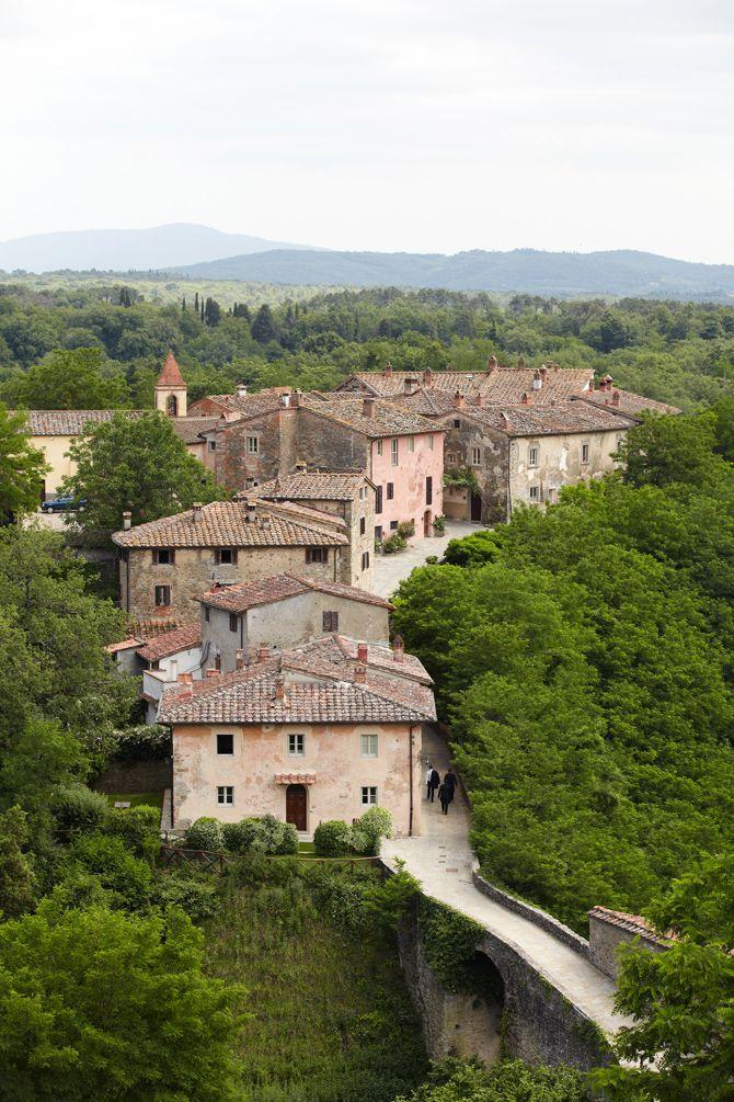 Tuscany wedding location Il Borro