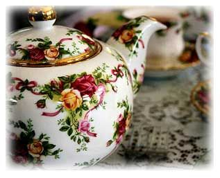 Elegant tea pot for afternoon tea.