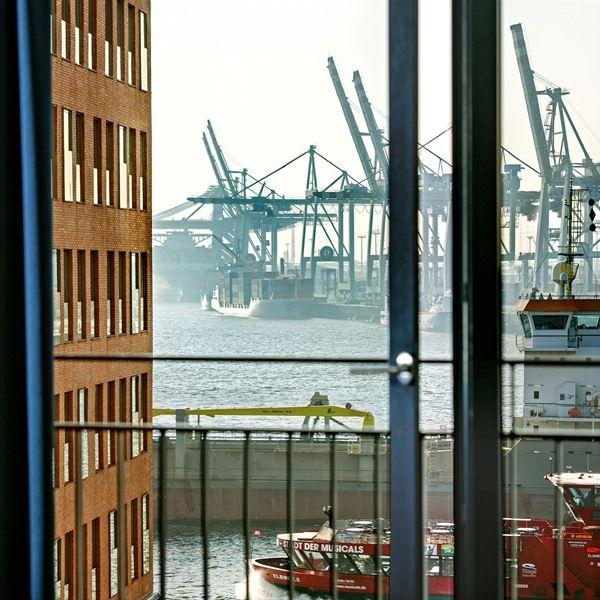 In der Clipper Elb-Lodge am Hamburger Hafen an der Elbe wohnen