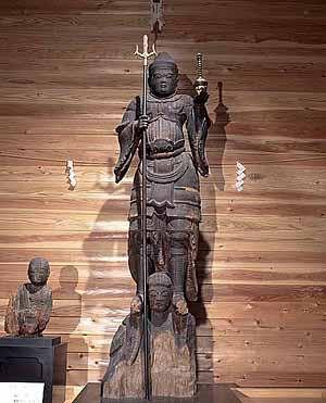 藤里毘沙門堂兜跋毘沙門天像:岩手県に所在する寺院。地図上では智福神社とも書かれていて、神仏混淆の寺と考えられる。平安時代後期の造仏で、鉈彫の手法で制作された地方仏の傑作。