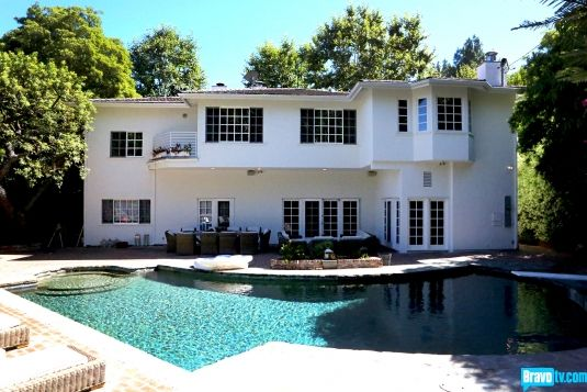 The Real Housewives of Beverly Hills Season 3 - Tour Kyle Richards' Home (and Closet!) - Photo Gallery - Bravo TV Official Site