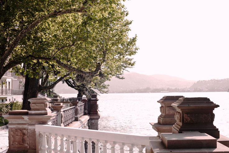 Can't wait  to return to #Italy?! Experience the excellence of CastaDiva Resort & Spa, recently nominated for the 2016 Seven Star Award and fall in love with #LakeComo this Autumn! www.castadivaresort.com  #October #Special #Autumn #Package #Lake #Como #Italy