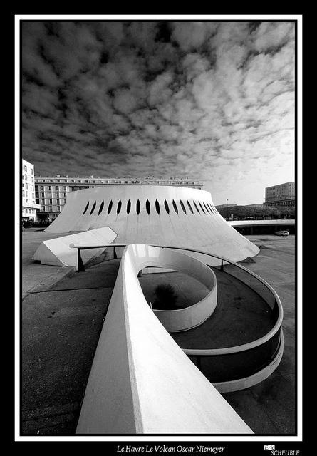 Oscar Niemeyer - THE VOLCAN CULTURAL CENTRE, LE HAVRE Normandy, France