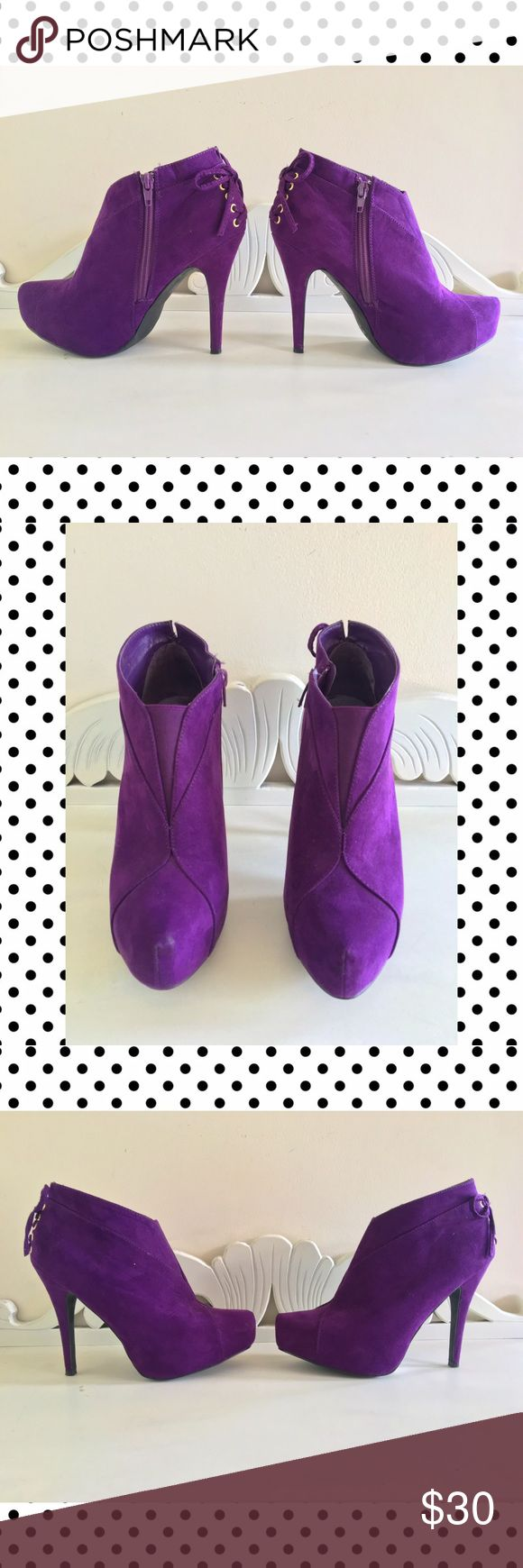 """Purple Suede Booties Shoe Dazzle Purple Suede Booties Side zipper closure. Back features corset style bow with eyelets. Shoes are in good condition, little bit of a wear mark on the tips but not very noticeable. Heel measures 4-5"""". Size 8 US Shoe Dazzle Shoes Ankle Boots & Booties"""