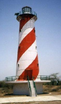 Lighthouses of India: Southern Gujarat, Daman and Diu