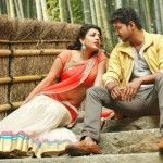 Even though Vijay's first time pairing with Kajal Aggarwal in Thuppakki turned out to be really good, their second outing in Jilla did not yield the same results as expected. Now, the makers of Vijay 60 are said to be in talks with Kajal Aggarwal to play the lead heroine. #vijay #tamilmovies #laysalaysa