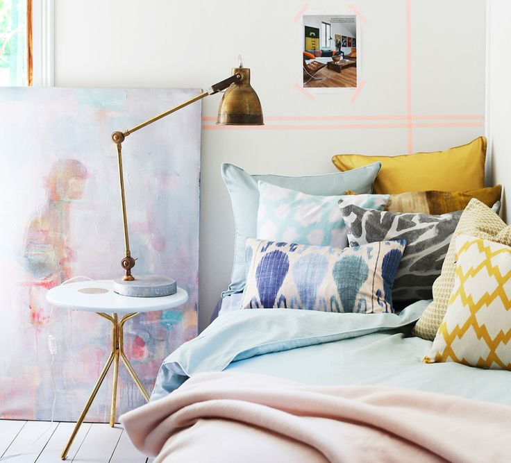 Diskreta detaljer på väggen med washitejp
