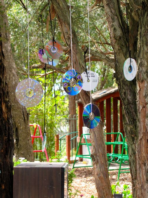 """Decorate CDs & hang to catch the sunlight ("""",)"""