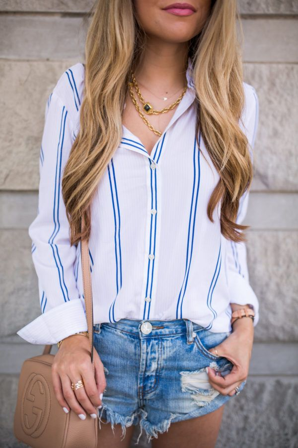 10 Summer Outfit Ideas | Denim cut off shorts and casual white blouse / Gucci bag