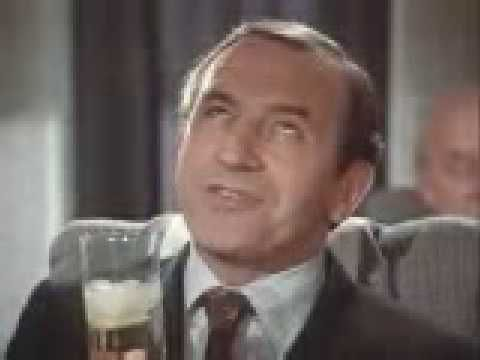 Cinzano Bianco from Leonard Rossiter and Joan Collins.  Priceless early 80s.