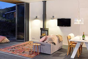Artemide Tolomeo MicroFaretto Halo, wandlamp - Vakantiehuisje Vlieland door BNLA architecten | Fotografie Studio de Nooyer.